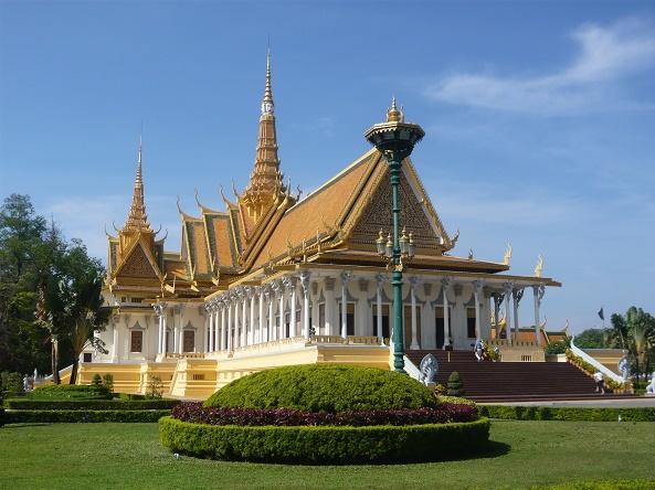 Tour du lịch Campuchia giá rẻ - PHNOM PENH