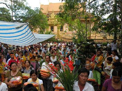 Lễ dâng bông của người Campuchia