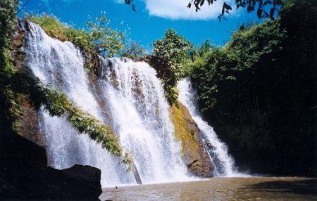 Thác nước đẹp ở Bang Lung