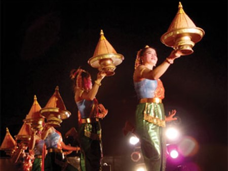 Độc đáo lễ hội Bom Chaul Chnam