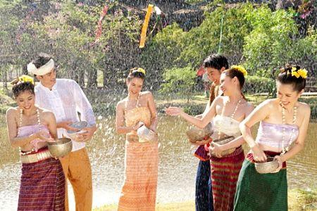 Lễ hội Chol Chnam Thmay cổ truyền của người Campuchia