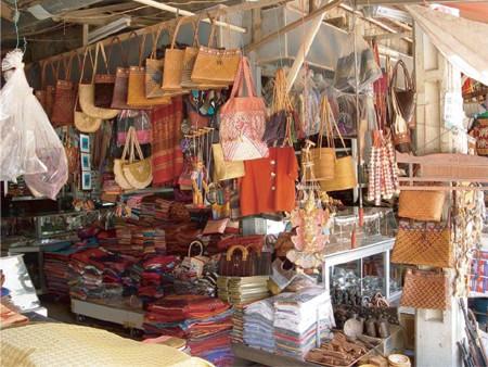 Kinh nghiem mua sam tai Campuchia2