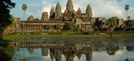 Dự luật mới cấm du khách chạm tay vào đền Angkor