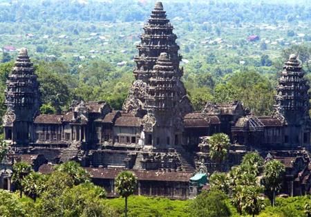 Khu đền nổi tiếng Angkor Wat ở Campuchia