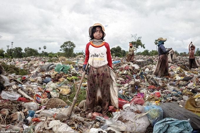 Bọn trẻ xem bãi rác này là nhà