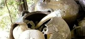 Bí ẩn nghĩa địa trên vách đá cao 100m ở Campuchia