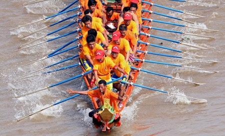 Lễ hội đua thuyền ở Campuchia