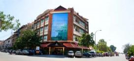Khách sạn 3 sao Almond Hotel