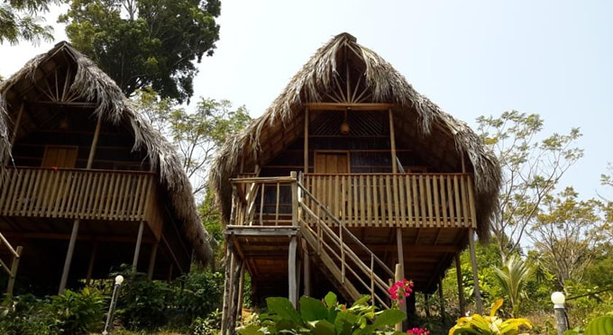 Island Palace Bungalow Resort-min