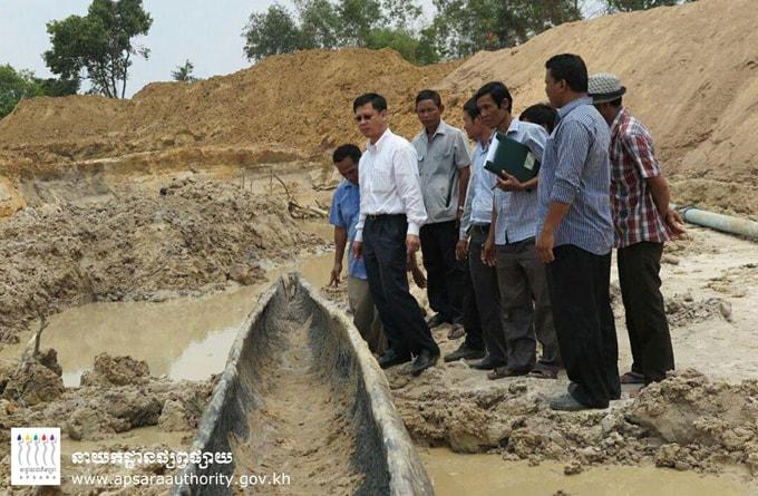 Thuyền cổ được tìm thấy ở Angkor 1-min (1)